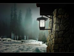 "The light""s on  -  Happy Holidays, Everyone! by <b>BMV</b> ( a Panoramio image )"