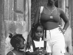 Cucuruchito de Mani-La Habana by <b>Jesus Burgos</b> ( a Panoramio image )