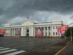Antic Parlament de Nicaragua-Managua-Nicaragua. by <b>Jordi Font Bayo</b> ( a Panoramio image )