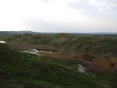 Iazul dintre lutarii by <b>claudiump</b> ( a Panoramio image )