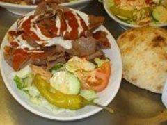 Iskender kebab by <b>elfani</b> ( a Panoramio image )