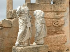 Libie - In the ancient City of Cyrene-Statues in the Demeter and by <b>Ben de Graaf Bierbrauwer</b> ( a Panoramio image )