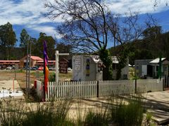 "Uncle Fred and Aunty Val""s Old Style Lolly Shop - still trading  by <b>Muzza from McCrae</b> ( a Panoramio image )"