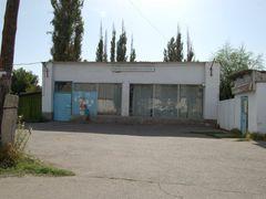 Продуктовый магазин на Чехова by <b>dangerassa</b> ( a Panoramio image )