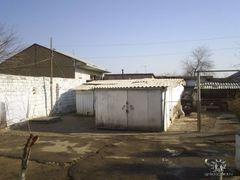 Jizzax Krasnoarmejskaya Dom 48 Kv. 2 Garage Fjodorov by <b>pyccak77</b> ( a Panoramio image )