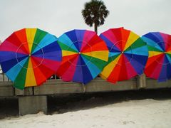 Umbrelas by <b>Tomros</b> ( a Panoramio image )