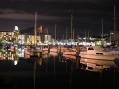 Townsville City by <b>Aaron Kelly</b> ( a Panoramio image )