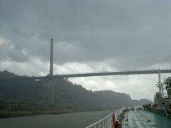 Ship Near Bridge by <b>---=XEON=---</b> ( a Panoramio image )