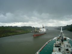 FairWay Of Panama Canal - Photo From MV Ice River by <b>---=XEON=---</b> ( a Panoramio image )