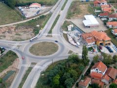 Aero pogled kruznog toka kod KP Doma by <b>dragansremac</b> ( a Panoramio image )