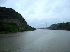 Hill And Bridge by <b>---=XEON=---</b> ( a Panoramio image )