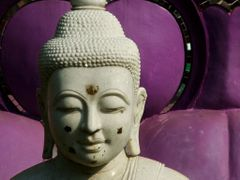 Small Buddah by <b>Kevinday</b> ( a Panoramio image )