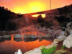 ***FIRST PRIZE TRAVEL DECEMBER 09 CONTEST*** / Banho quente no f by <b>piquim</b> ( a Panoramio image )