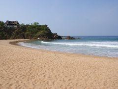 Zipolite Playa Nudista  By Mel Figueroa by <b>Mel Figueroa</b> ( a Panoramio image )