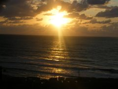 Sunset in the Mediterranean- Netanya Beach by <b>jo.yosi</b> ( a Panoramio image )