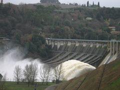 Diga di Corbara by <b>MarioPez</b> ( a Panoramio image )