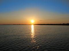 Sunset on lake Ilmen by <b>Andrey Alexeenko</b> ( a Panoramio image )