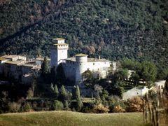 PRODO. Castello by <b>Roberto Tomei</b> ( a Panoramio image )