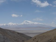 Gurla Mandata seen from the slopes around Mt Kailash by <b>Bob Witlox</b> ( a Panoramio image )