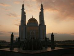 "Мечеть ""Нур Гасыр"" by <b>Ardak_O</b> ( a Panoramio image )"