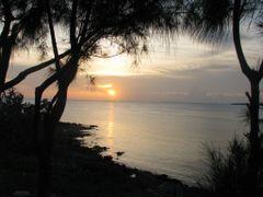 black Point Sunset by <b>kodacdahustla</b> ( a Panoramio image )