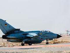 Fighter by <b>mahin</b> ( a Panoramio image )