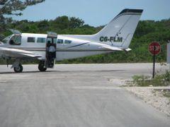 plack point exmua airport by <b>kodacdahustla</b> ( a Panoramio image )
