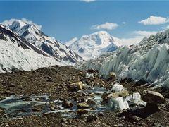 Grumm Grjimailo Glacier by <b>www.turclubmai.ru</b> ( a Panoramio image )