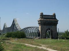 Anghel Saligny railway bridge over the Danube, Cernavoda by <b>Radul</b> ( a Panoramio image )