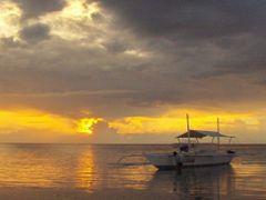 Bohol Beach Club early morning scenery, Panglao Bohol by <b>francinelb3</b> ( a Panoramio image )