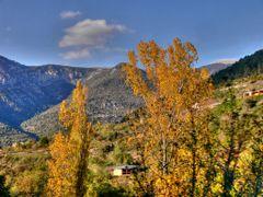 Gosol by <b>Josep Maria Alegre</b> ( a Panoramio image )