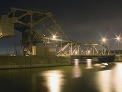 Wilmarsdonkbrug, Antwerpen by <b>www.binnenvaartinbeeld.com</b> ( a Panoramio image )