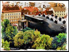 Graz - Kunsthaus by <b>dziwnowik</b> ( a Panoramio image )