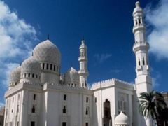 yaqoot mosque by <b>wesss</b> ( a Panoramio image )