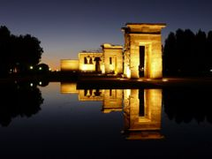 Egyptian Debod Temple in Madrid at twilight evening by <b>4ullas</b> ( a Panoramio image )