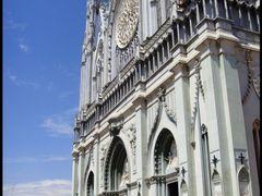 Templo Expiatorio by <b>CaToRa</b> ( a Panoramio image )