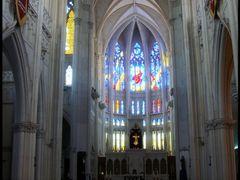 Interior del Templo Expiatorio by <b>CaToRa</b> ( a Panoramio image )