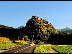 Burg Hochosterwitz  by <b>dziwnowik</b> ( a Panoramio image )