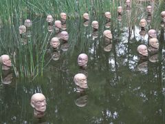 Heads From the North, National Gallery, Canberra [Sculptor: Dada by <b>Ian Stehbens</b> ( a Panoramio image )