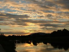 Carrick-on-Suir: Sunset view from the Old Bridge by <b>inessa.ie</b> ( a Panoramio image )