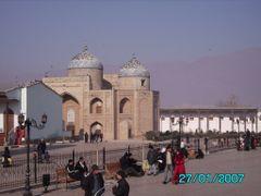 Sheikh Moslihaddin Mosque - Мечеть Шейха Мослихаддина by <b>KPbICMAH</b> ( a Panoramio image )