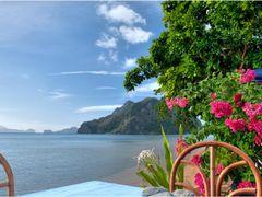 Corong-Corong Beach Paradise by <b>Tuderna</b> ( a Panoramio image )