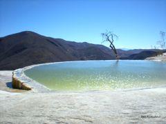 sigo con ..HIERVE EL AGUA by <b>boskimano</b> ( a Panoramio image )