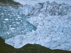 Eqalorutsit Kangligdlit Sermiat by <b>Dirk Jenrich</b> ( a Panoramio image )