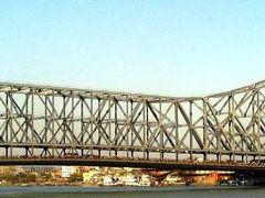 Howra Bridge by <b>Aashu~???©</b> ( a Panoramio image )
