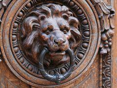 Old lion?s head door knocker  30.03.2010 by <b>Markus Nikkila Photoshooter86</b> ( a Panoramio image )