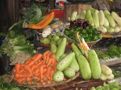 Mauritius Island (market place    tropical vegetables) by <b>Naz Mustun</b> ( a Panoramio image )