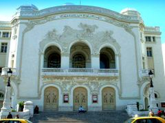 Tunisie, le Theatre Municipal de Tunis  by <b>Roger-11</b> ( a Panoramio image )