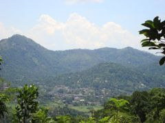 Gampola town view from Angammana Village by <b>jmsbandara</b> ( a Panoramio image )