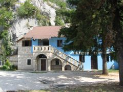 Ostrog by <b>sonjabgd</b> ( a Panoramio image )